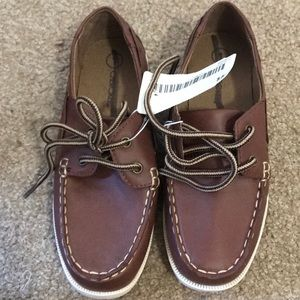 Cherokee boat shoes